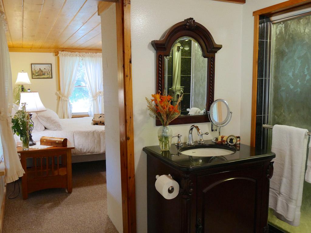 BnB Bedroom Bathroom